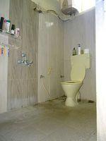 12NBU00257: Bathroom 1