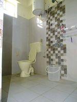 12NBU00257: Bathroom 2