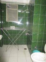 14J1U00340: Bathroom 2