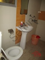 10J7U00323: Bathroom 1