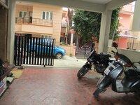 Sub Unit 15J7U00370: parkings 1
