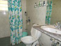 12OAU00249: Bathroom 3