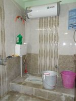 13F2U00146: Bathroom 2