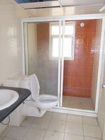 13A4U00138: Bathroom 1