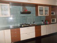 12J6U00131: Kitchen 1