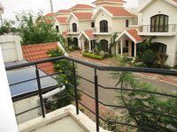 10J6U00595: Balcony 2