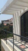 10J6U00595: Balcony 1