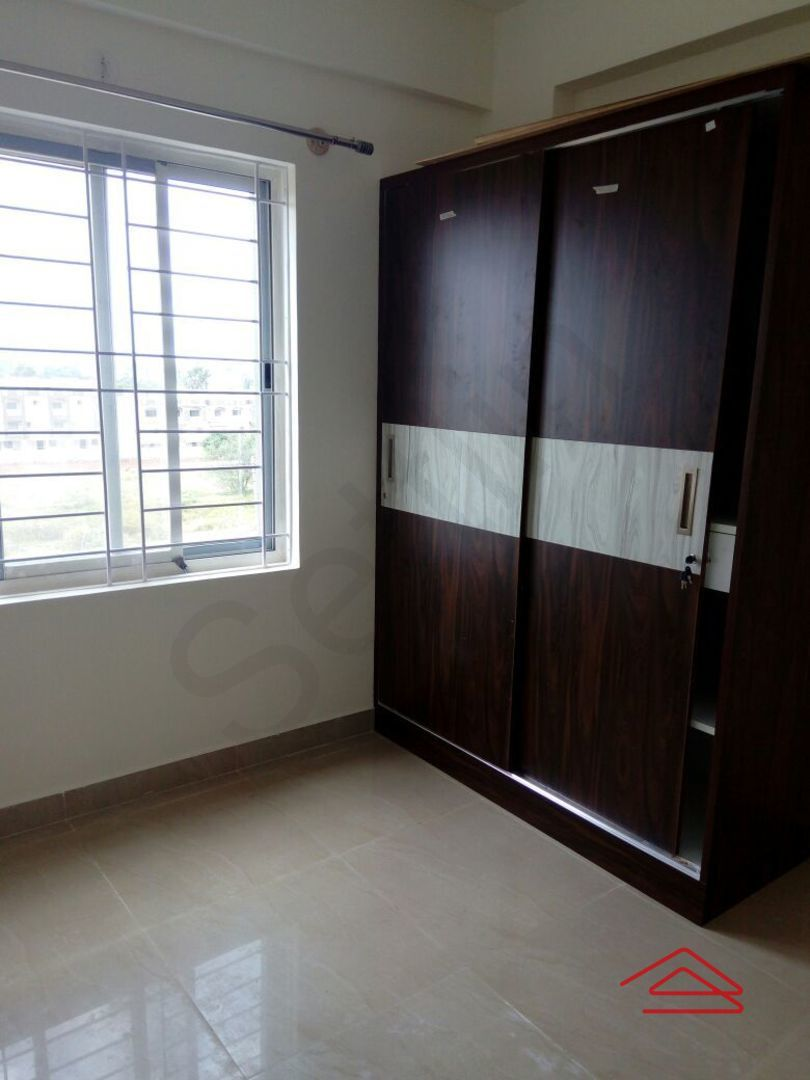 13J6U00246: Bedroom 1