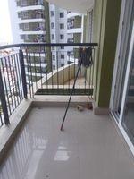 12NBU00284: Balcony 1