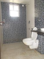 12NBU00284: Bathroom 1