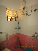 13F2U00409: Bathroom 2