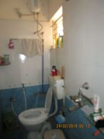 13F2U00409: Bathroom 1