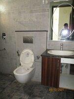 15OAU00175: Bathroom 2