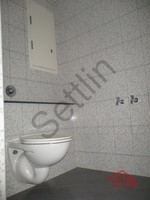 10NB00446: Bathroom 4