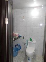 14J1U00061: Bathroom 1