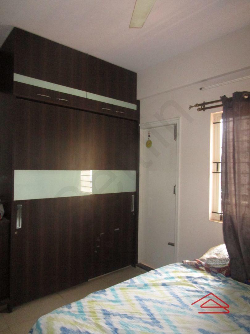 13M5U00578: Bedroom 1