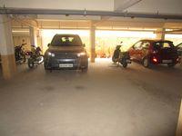 13M5U00578: parking 1