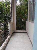 13M5U00742: Balcony 2