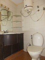 14DCU00610: Bathroom 3