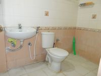 13M3U00028: Bathroom 1