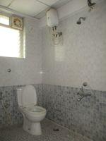 11DCU00241: Bathroom 1