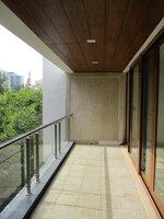 15OAU00054: Balcony 1