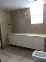 15OAU00054: Bathroom 1