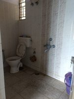 13A8U00070: Bathroom 2
