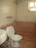 13F2U00143: Bathroom 2