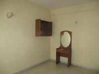 13F2U00143: Bedroom 2