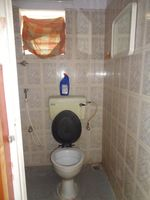 12OAU00185: Bathroom 4