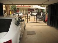 10J6U00269: Parking 1
