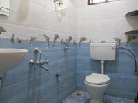Sub Unit 15OAU00147: bathrooms 1