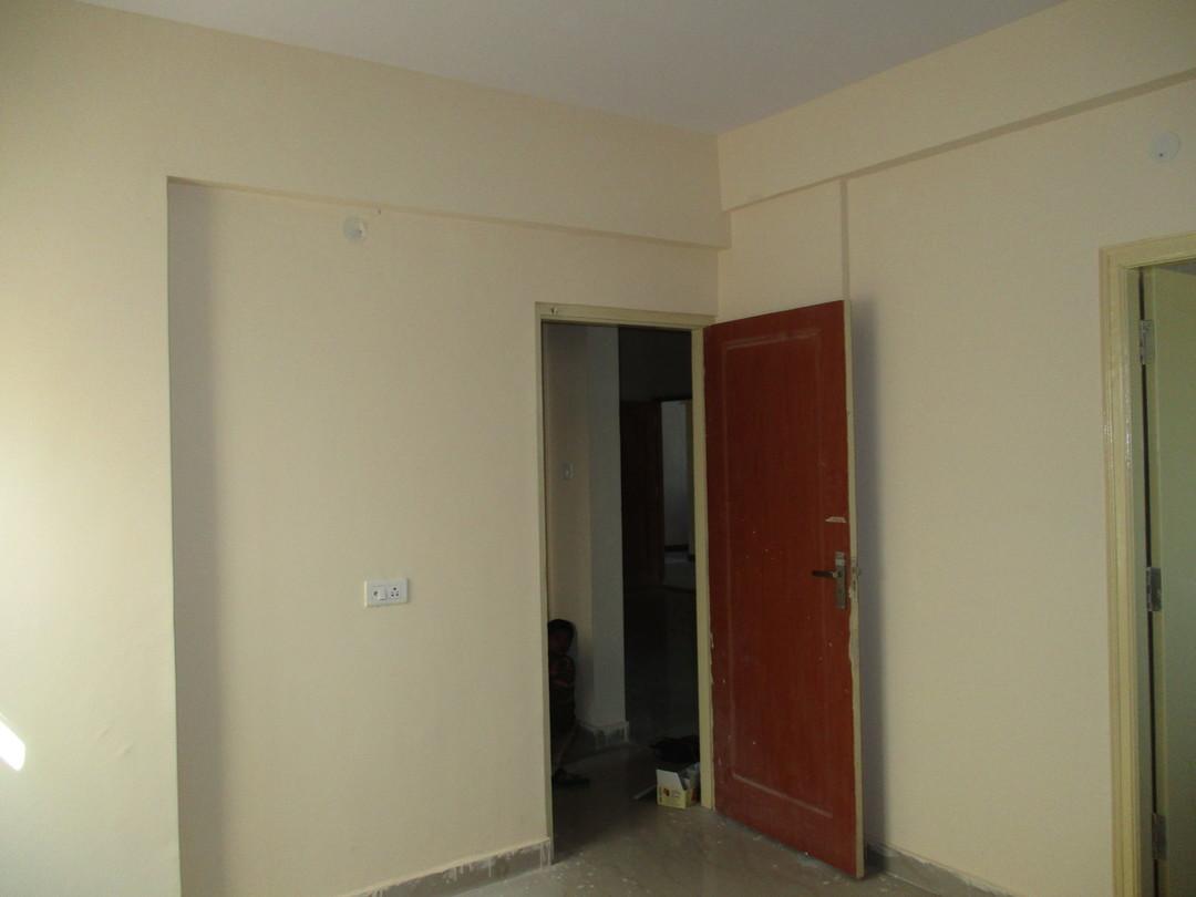 10F2U00006: Master Bedroom