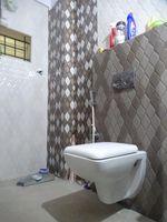 13M5U00341: Bathroom 1