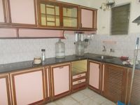 12S9U00193: Kitchen 1