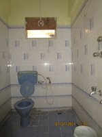 15A4U00422: Bathroom 2
