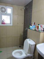 13J7U00026: Bathroom 2