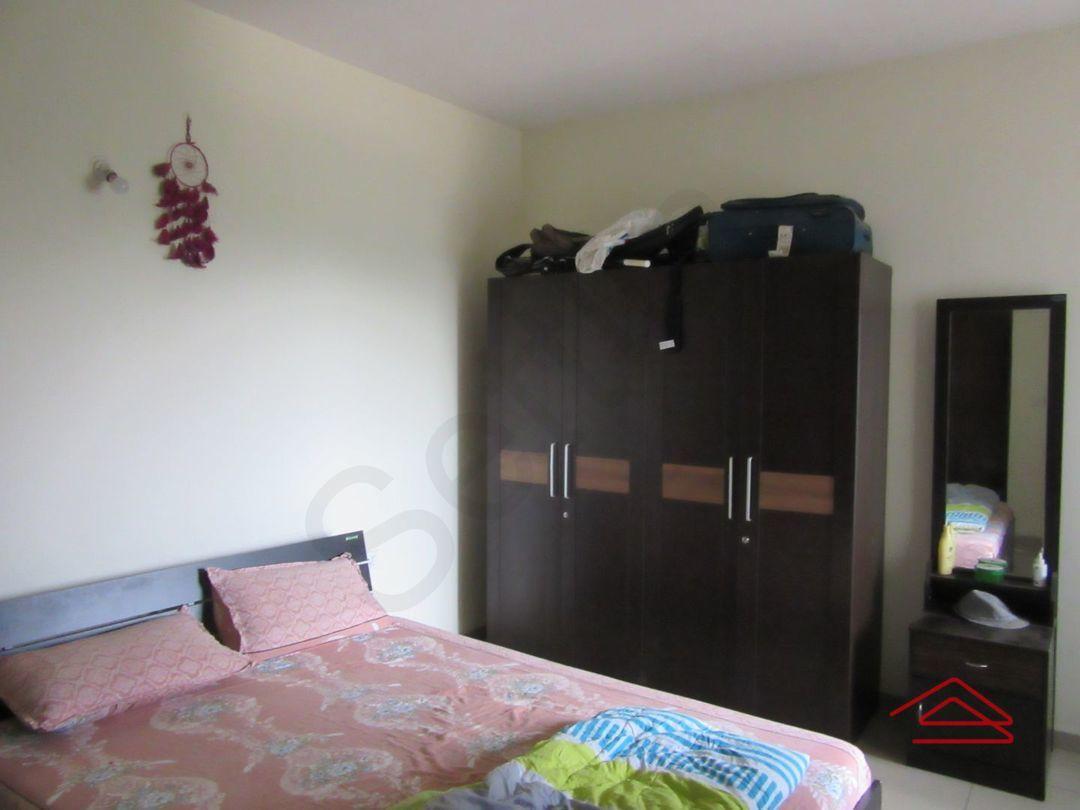 13J7U00026: Bedroom 1