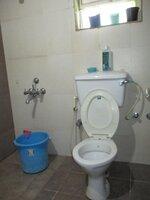 15J7U00071: Bathroom 1