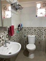 14S9U00004: Bathroom 1