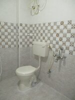 15F2U00256: Bathroom 2