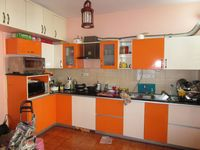 13M5U00247: Kitchen 1