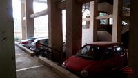 10A4U00195: Parking