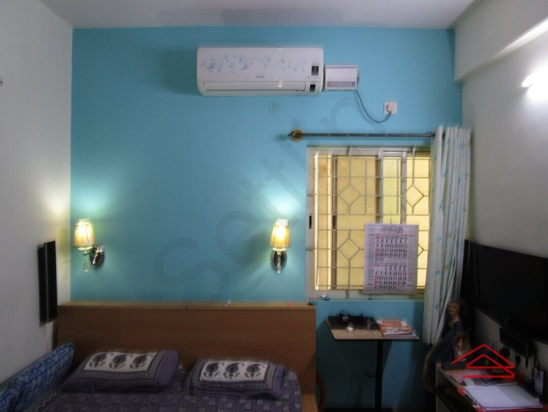 14NBU00022: Bedroom 1