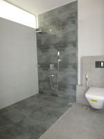 13M5U00447: Bathroom 2