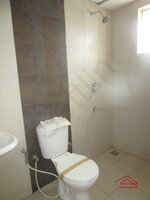 14DCU00502: Bathroom 2