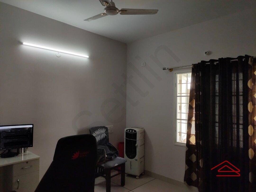 15J1U00354: Bedroom 1