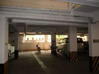 10A4U00196: parking