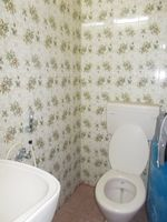 13M5U00616: Bathroom 1